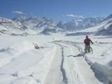 ciclista sul ghiaccio